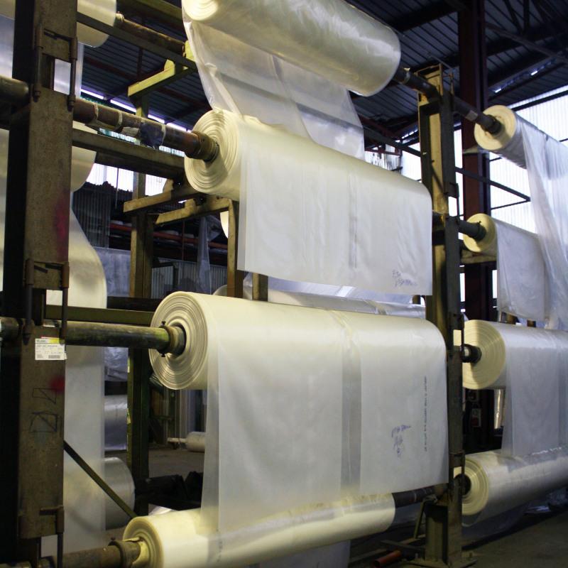 Saldatura serbatoio in plastica riparazione serbatoi in for Linee d acqua in plastica vs rame